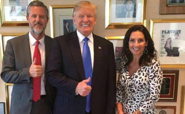 Trump_Falwell_810_500_55_s_c1.jpg